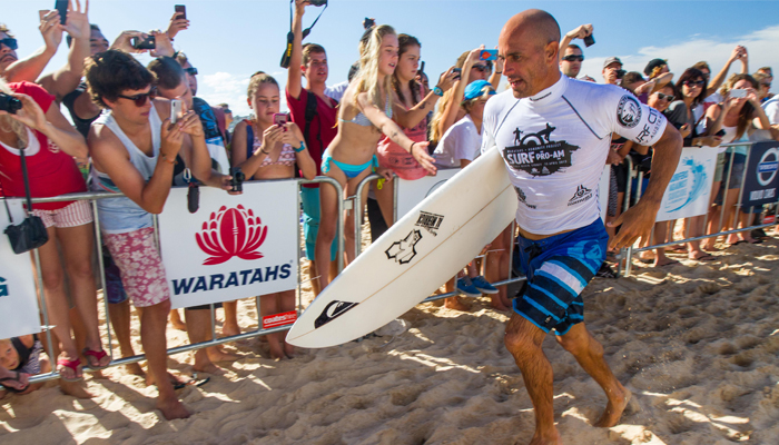 kelly slater surfing 1
